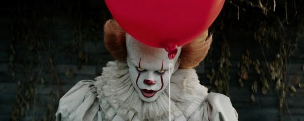 Кровожадный клоун Пеннивайз возвращается на большие экраны.