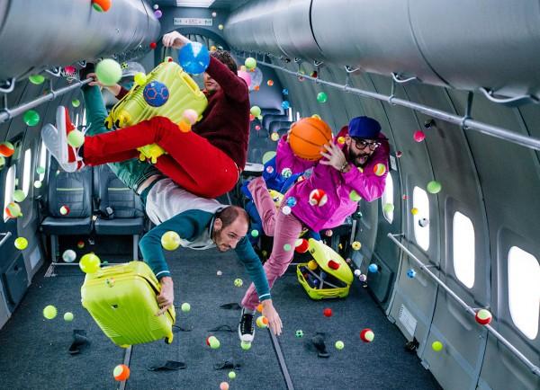 OK Go в невесомости