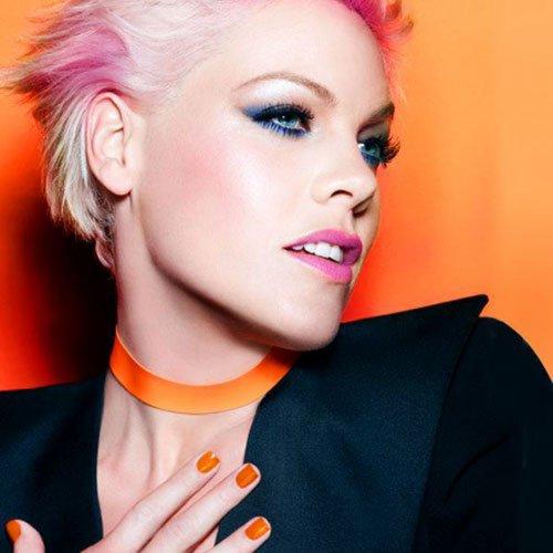 Промо-снимок Pink для CoverGirl