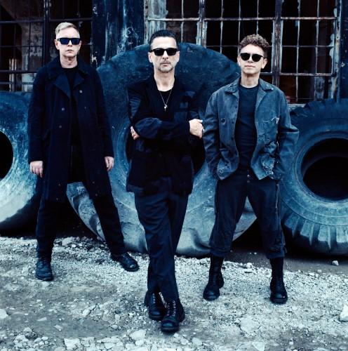 Уже в эту среду, 19 июля, группа Depeche mode снова выступит в Киеве.