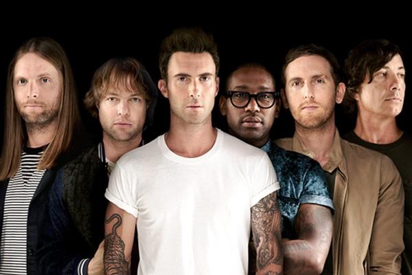 Фронтмен Maroon 5 ради нового клипа сменил прическу