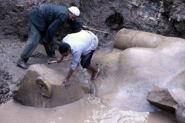 В Египте найдена статуя Рамзеса II