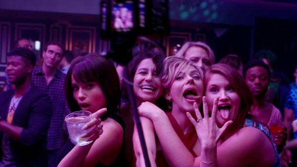 Черная комедия Развлечения взрослых девочек не для слабонервных.