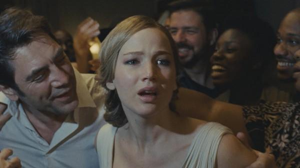 На этой неделе в прокат выходит новый фильм Даррена Аронофски мама!.