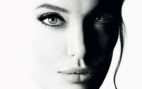 Анджелина Джоли снялась в мини-фильме, посвященном новому аромату Mon Guerlain