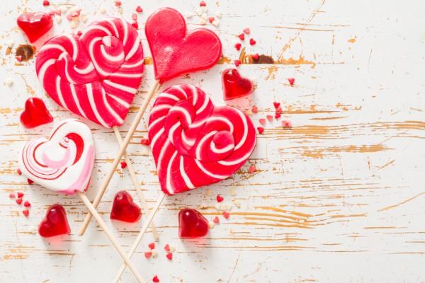 День влюбленных можно отпраздновать самому
