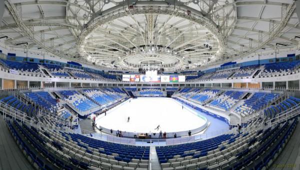 Вот так выглядит Дворец зимнего спорта Айсберг в Сочи. Будем надеяться, что киевский будет ничуть не хуже.