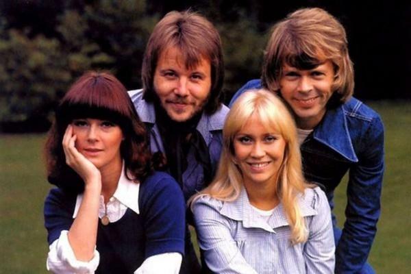 ABBA - один из самых успешных коллективов за всю историю популярной музыки.