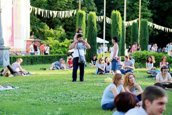 АРТ-ПИКНИК Славы Фроловой — самый крупный социальный культурно-образовательный проект в Украине и Европе.
