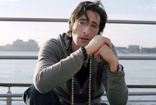 Здриан Броуди сыграет злодея в новом фильме Автомобильный город
