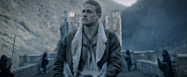 Чарли Ханнэжм играет молодого Короля Артура в фильме Гая Ричи.
