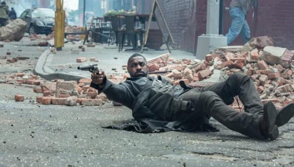 Идрис Эльба в роли Стрелка в экранизации Темной башни Стивена Кинга.