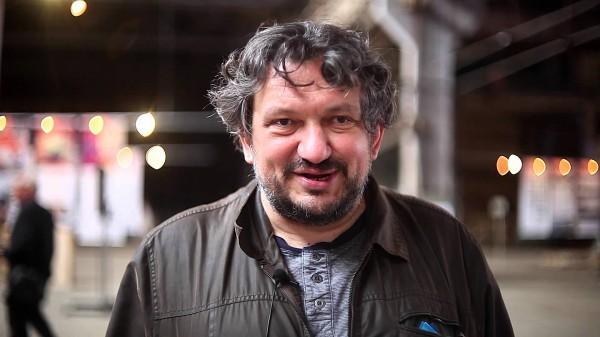 Влад Троицкий - основатель коллективов ДахаБраха, Dakh Daughters и ЦеШо.