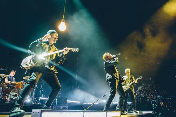 U2 отправляются в мировой тур