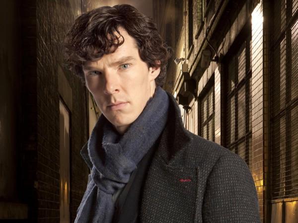Бенедикт Камбербэтч в роли Шерлока Холмса.