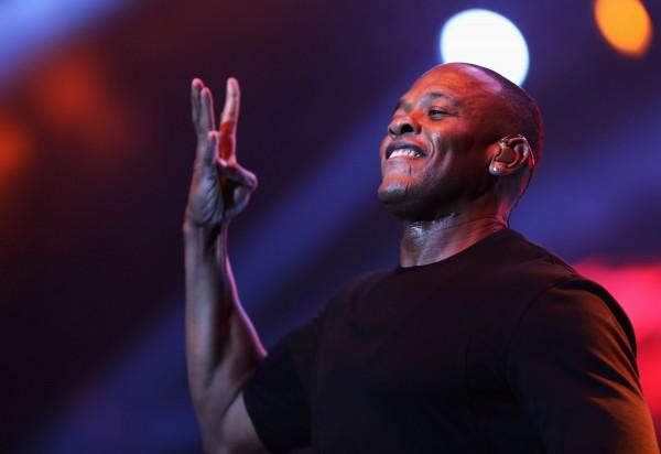 Пока Dr. Dre не спешит делать саундтрек отдельным синглом.