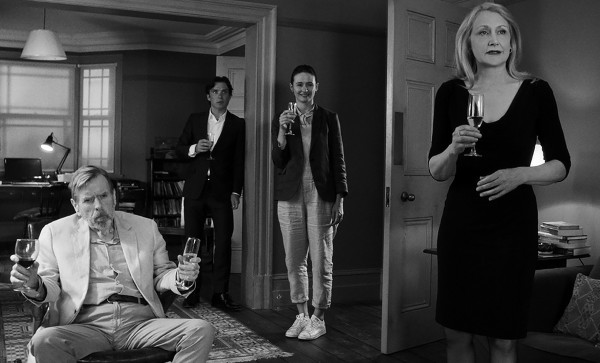 В Вечеринке сыграли актеры Патриция Кларксон и Киллиан Мерфи.