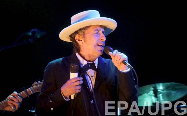 Боб Дилан отмечает 77-летие