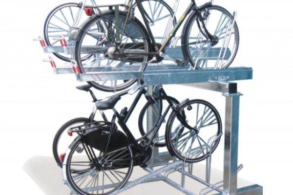 Ко Дню города в Киеве установят двухъярусные парковки для велосипедов