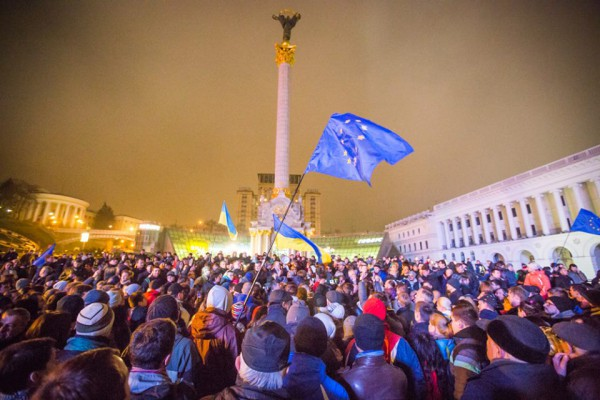 Источник фото: http://lenta-ua.net/novosti/politika/38111-evromaydan-proderzhalsya-noch-no-utrom-na-ploschad-navedalis-siloviki.html
