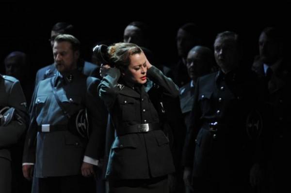Новая постановка Тангейзера заставляла зрителей покидать зал из-за весьма реалистичных сцен насилия