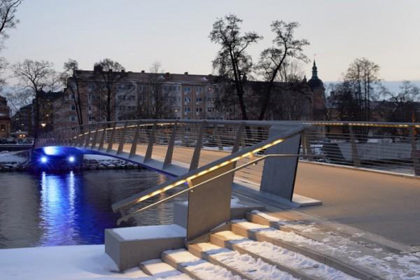 В Швеции создали мост с подогревом