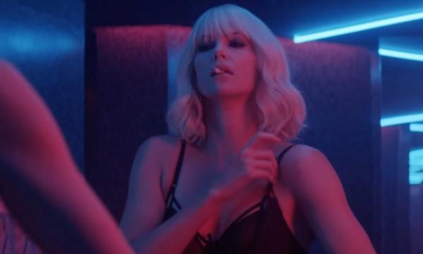 В прокат выходит шпионский экшн с Шарлиз Терон - Атомная блондинка.
