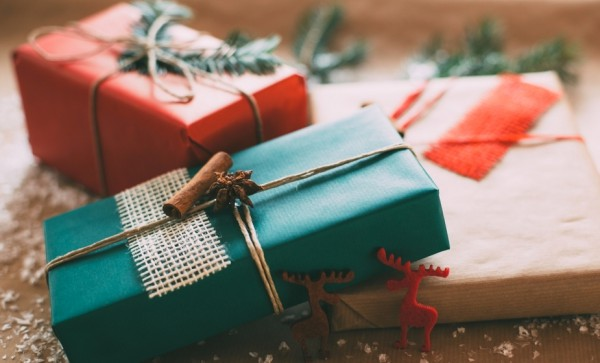 Новогодние подарки нужно покупать заранее