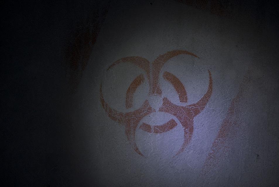Знаки на стенах бункера на Яр Валу, нарисованные диггерами