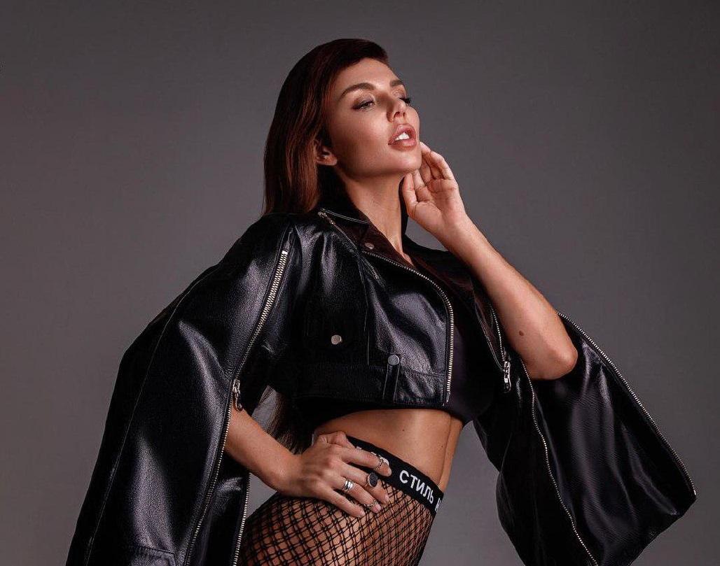 Анна Седокова снялась в сексуальном клипе