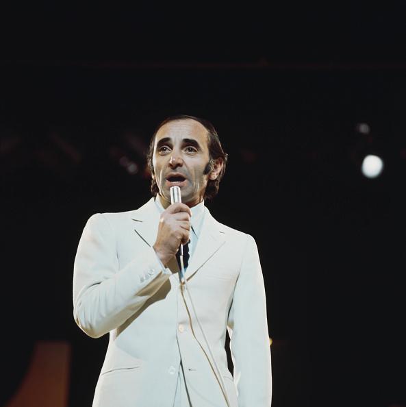 Шарль Азнавур на сцене