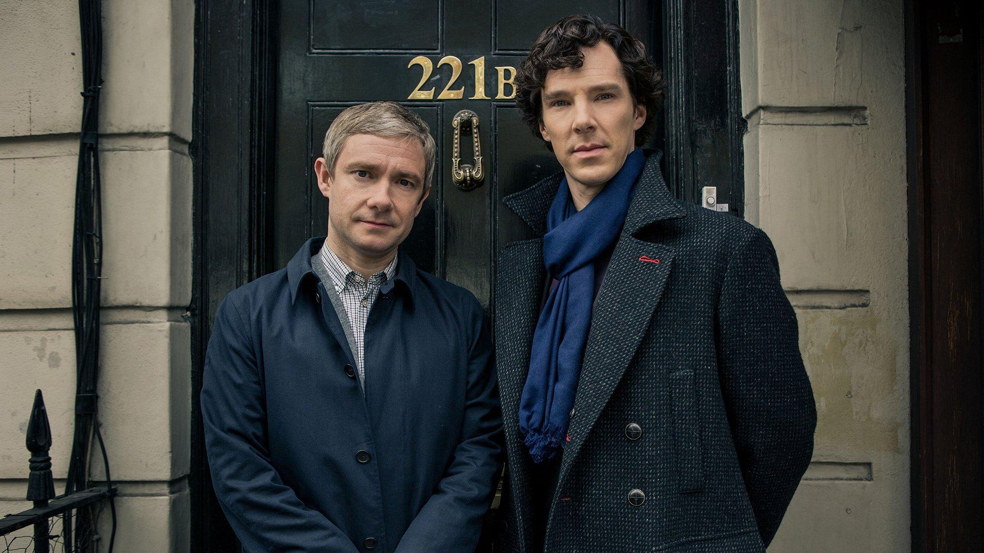 Шерлок Холмс и Доктор Ватсон в исполнении Бенедикта Камбербэтча и Мартина Фримана