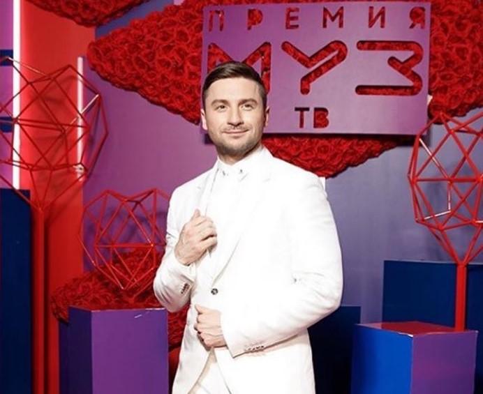Лазарев отреагировал на новость про скандал с Лободой