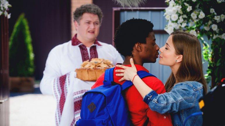 Безумную свадьбу адаптировали в Литве