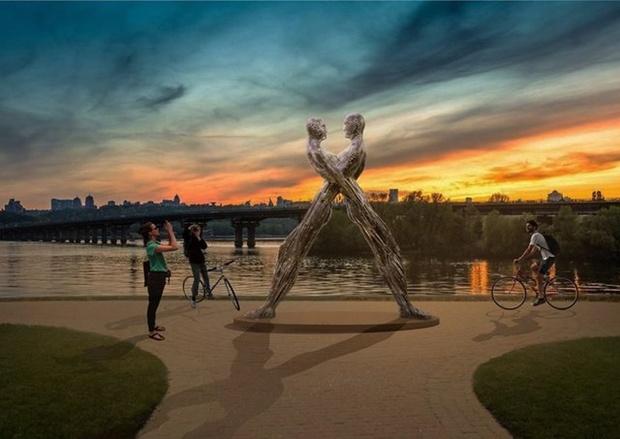 Смоделированная картинка Днепровской набережной