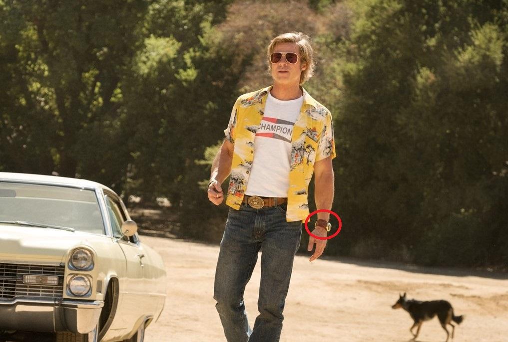 Часы на руке Брэда Питта - киноляп в Однажды в Голливуде