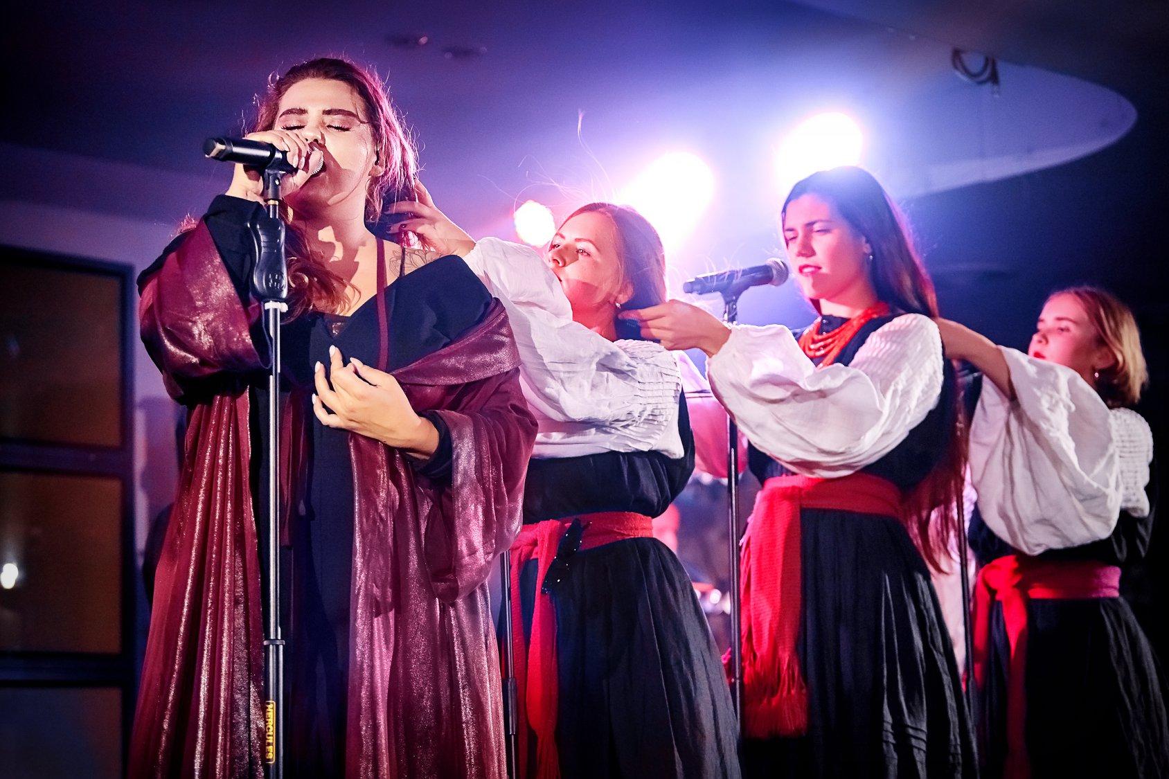 Песня группы Казка возглавила российский хит-парад МУЗ ТВ