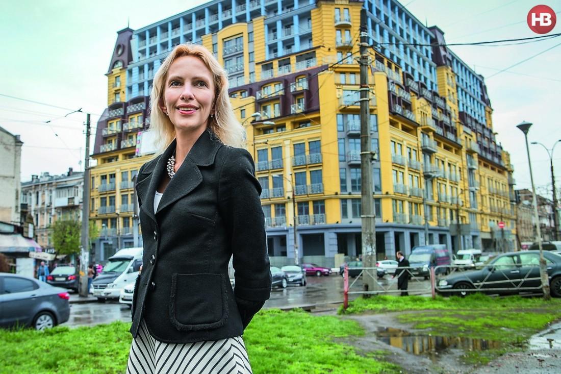 Ольга Балицкая показала дом, в котором застройщик самовольно добавил пять этажей