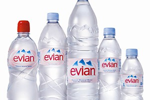 Вода Evian по 20 грн. за бутылку