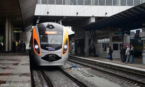 Скоростные поезда оборудовали доступом в интернет