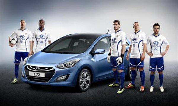 Звезды футбола в рекламе авто