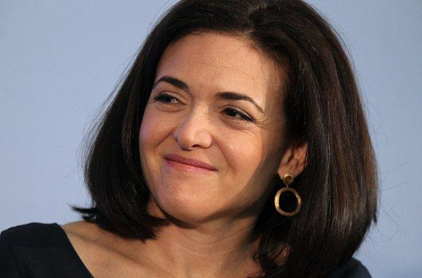 Сэндберг владеет пакетом акций Facebook на сумму почти $1 млрд