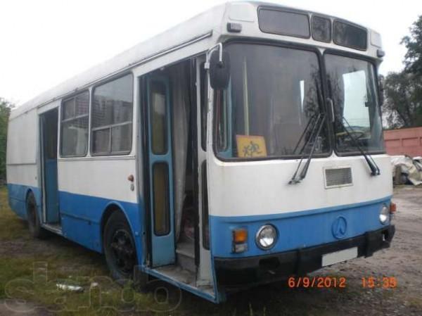 Автобус ЛАЗ с двумя комнатами