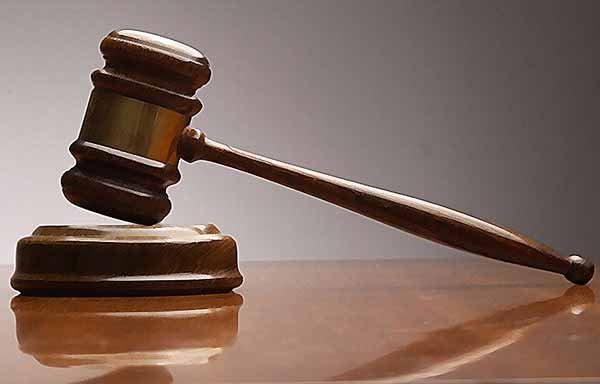 Размер зарплаты рядовых юристов составляет в среднем 10-13 тыс. грн.