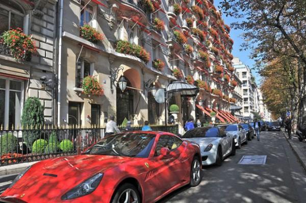 Париж: авеню Монтень