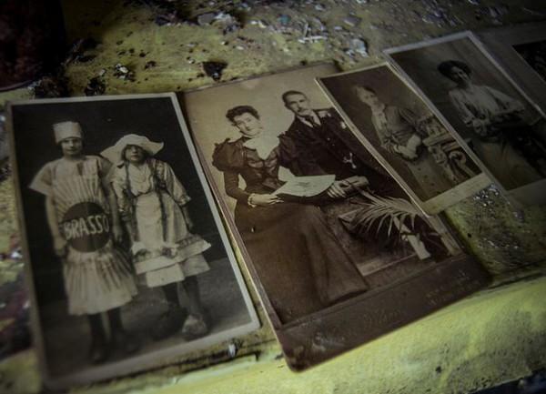 Фото предполагаемых бывших владельцев Crooked Cottage