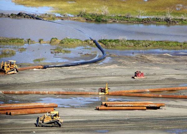 Последствия взрыва в 2010 году Deepwater Horizon в Мексиканском заливе