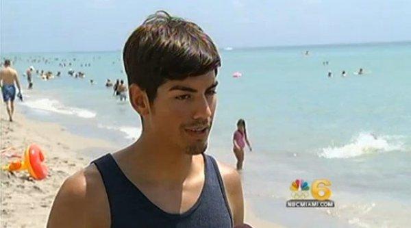 Спасатель Томас Лопез был уволен за то, что спас отдыхающего не со своего пляжа