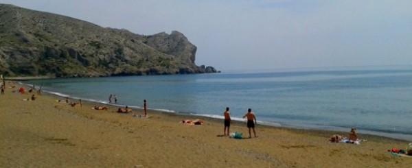 Пляжи в Судаке пока пусты