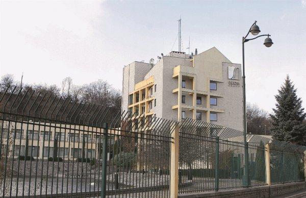 Офис «Сентозы», построенный «Приватом» в середине 1990-х